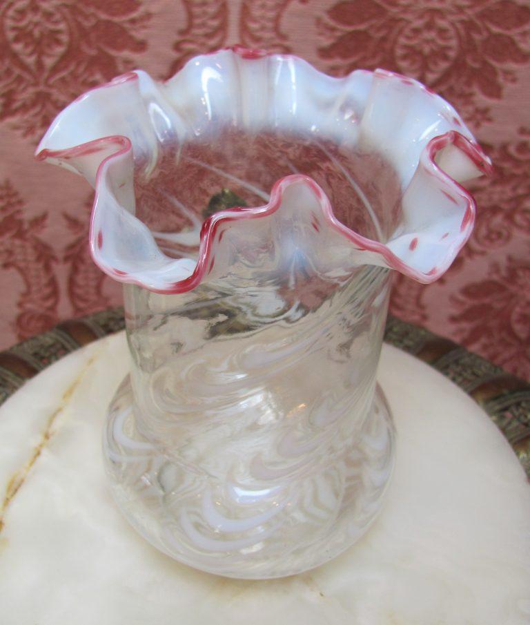 Northwood Opalescent Blown Twist Celery Vase Wcranberry